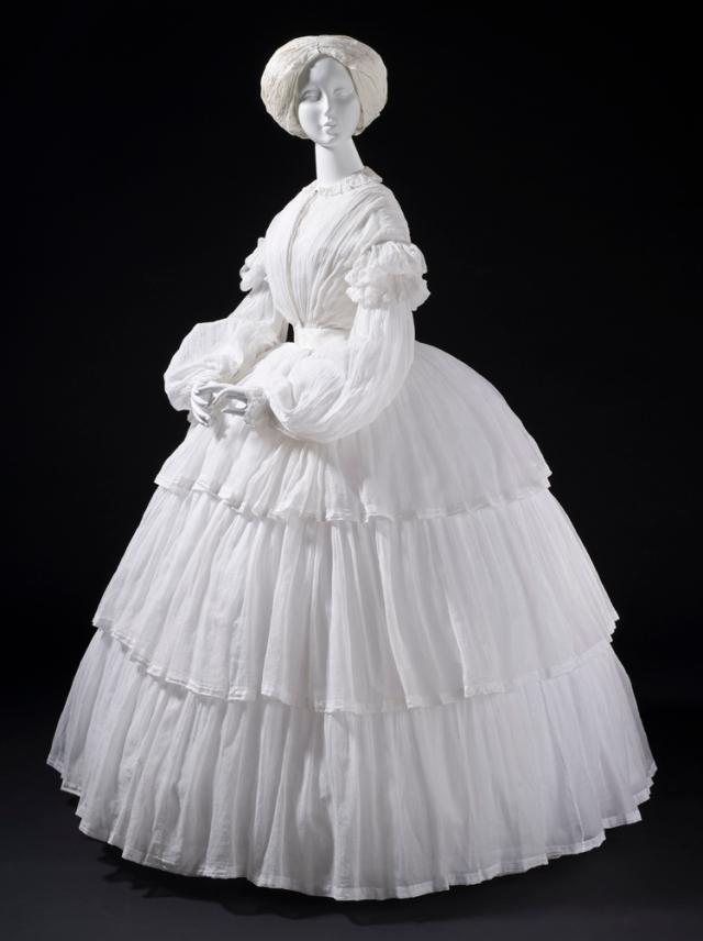 expo fashioning robe mousseline