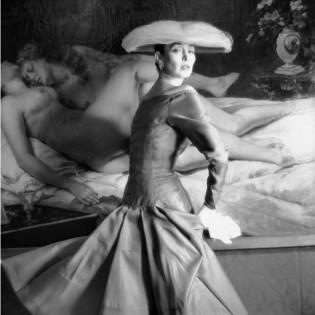 Henry Clarke, 1955 Jacques Heim, printemps-été 1955 Mannequin Dorian Leigh © Henry Clarke/Galliera.