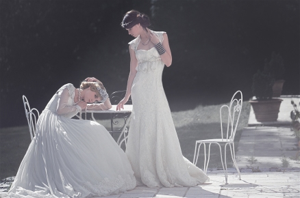 Scène robes blanches